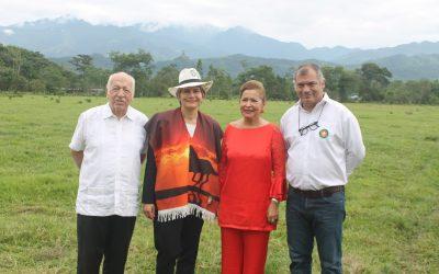 Rosan Bosch visitó la Ciudad Educadora